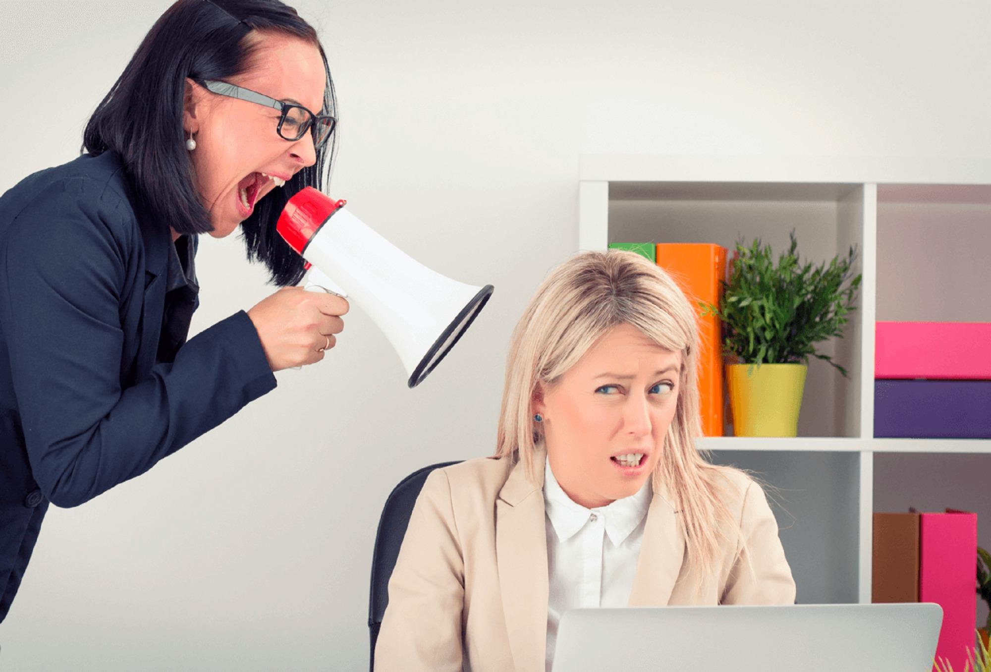 Bossing y el acoso laboral