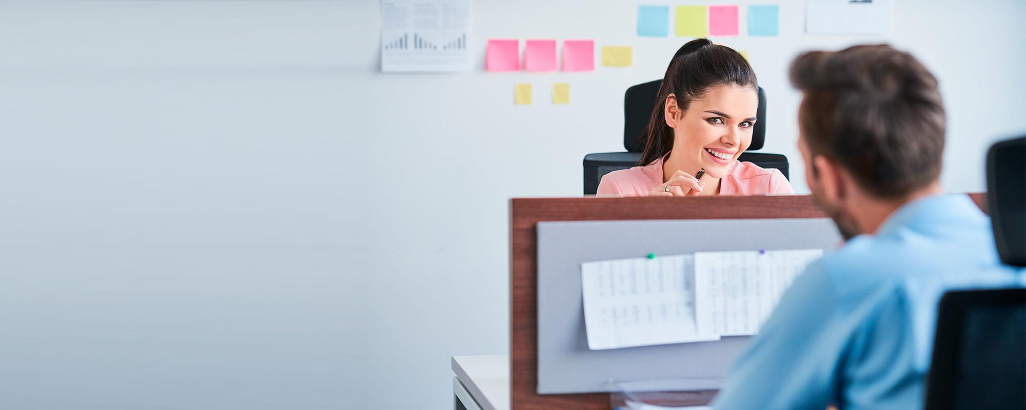 prohibir el noviazgo en el trabajo